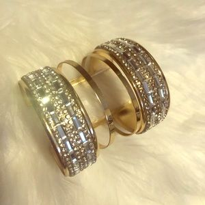 Jewelry - Gold cuff bracelet....BEAUTIFUL‼️